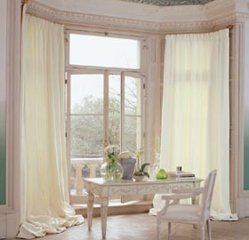 Silent Gliss bay window curtain track